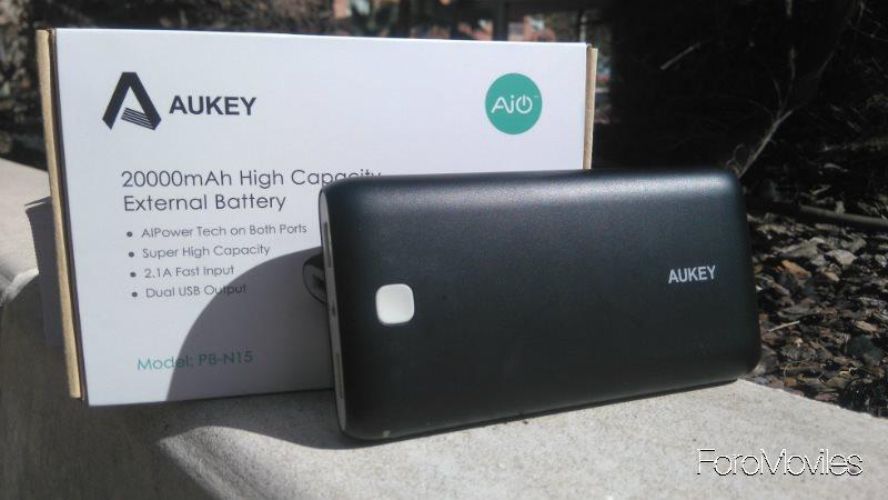 Batería Aukey con Caja